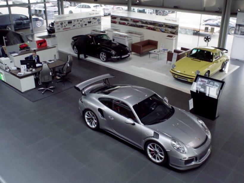 Erfahren Sie mehr zur Karriere bei uns im Porsche Zentrum Hamburg.